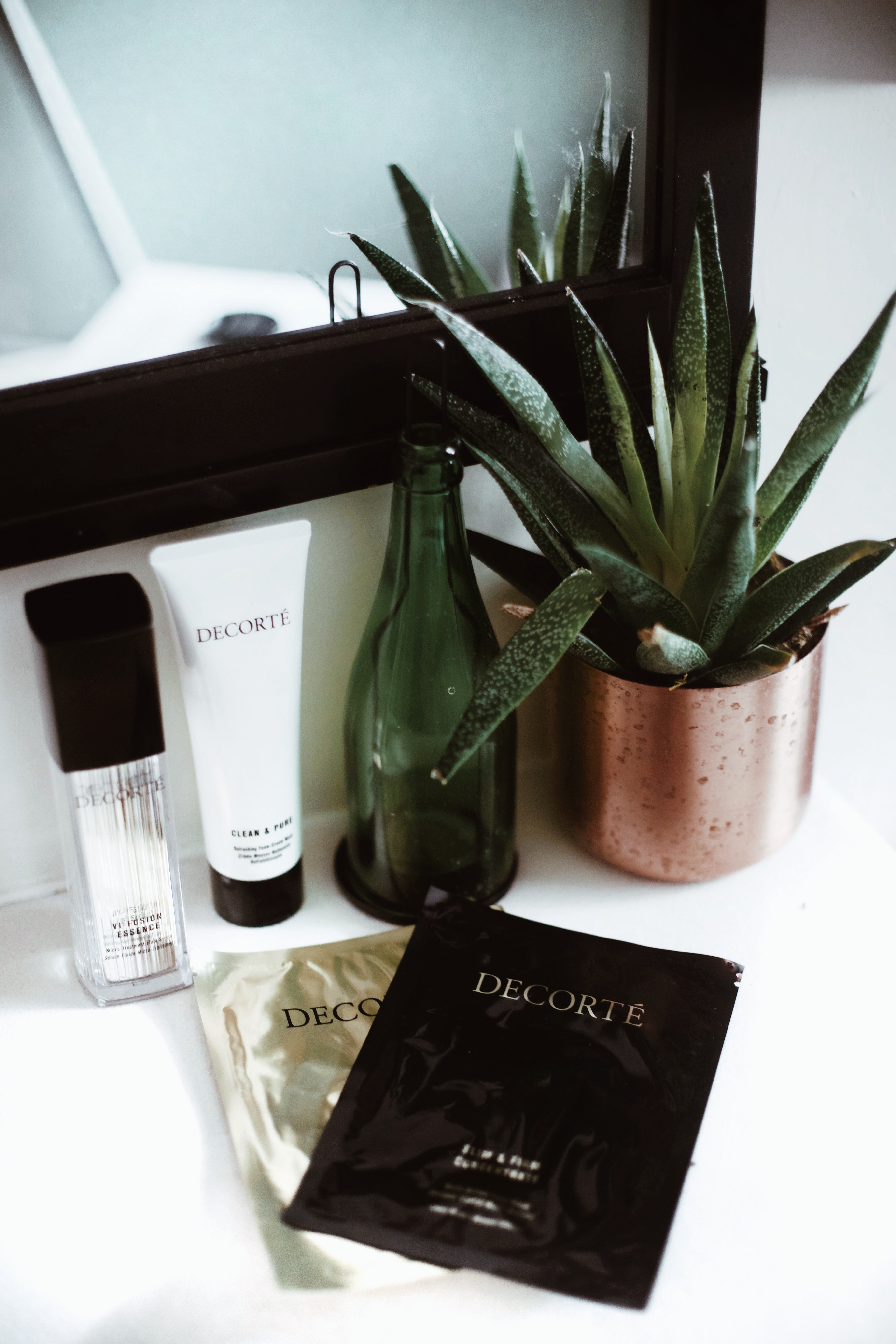 5 Reasons You Need To Try Decorté's Lift & Firm Mask   |   Gypsy Beauty