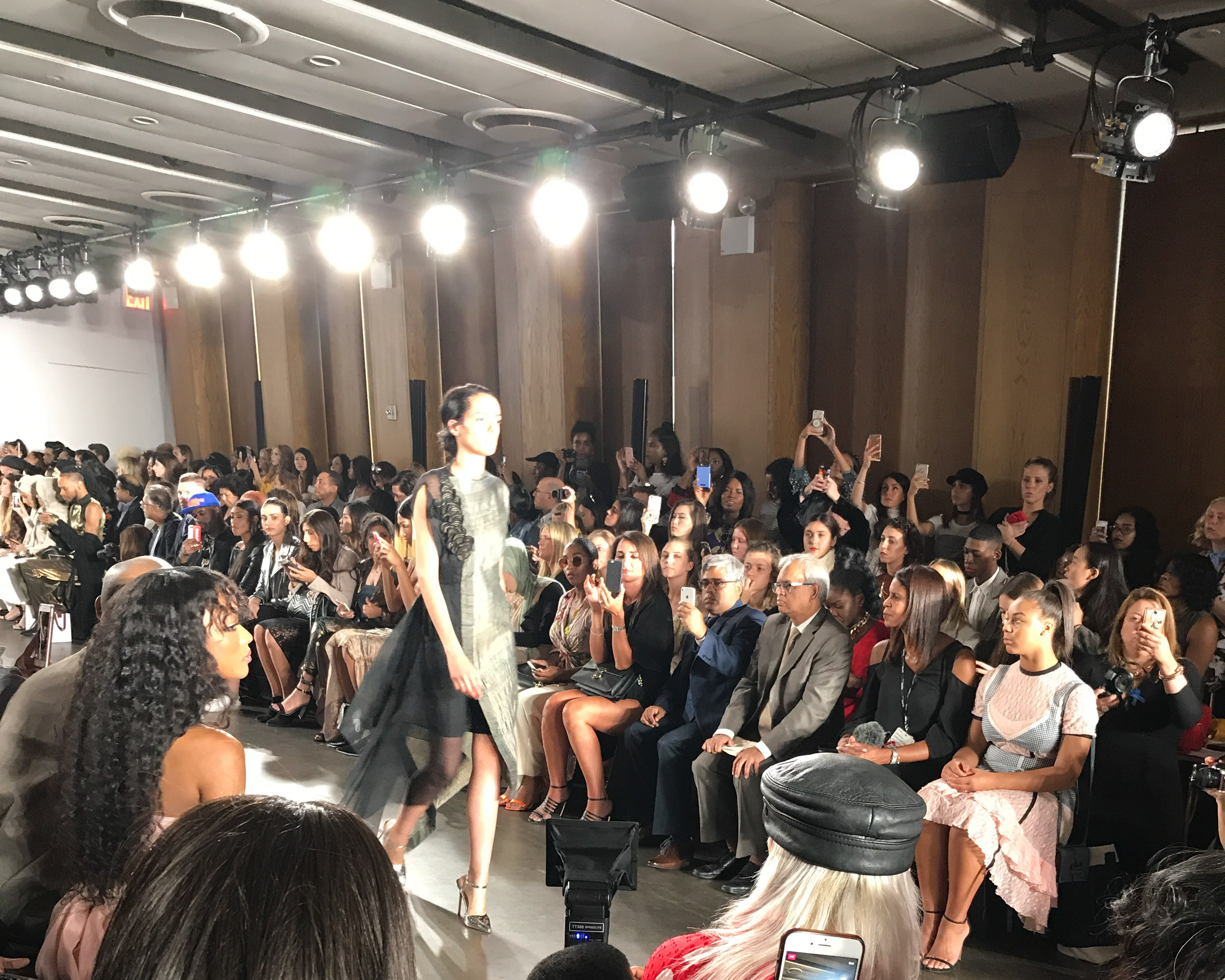 NYFW-SS18-THE-FASHIONABLE-ACCOUNTANT