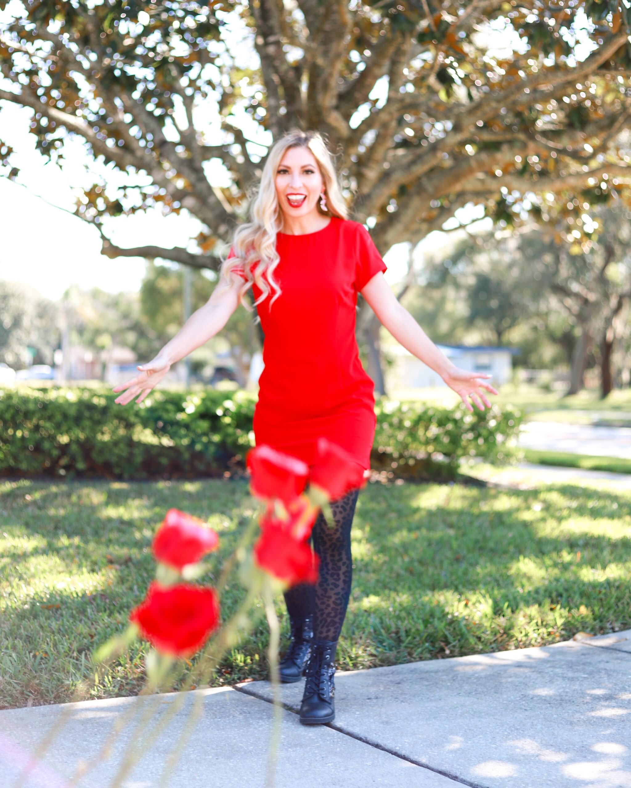 CLASSIC LITTLE RED DRESS