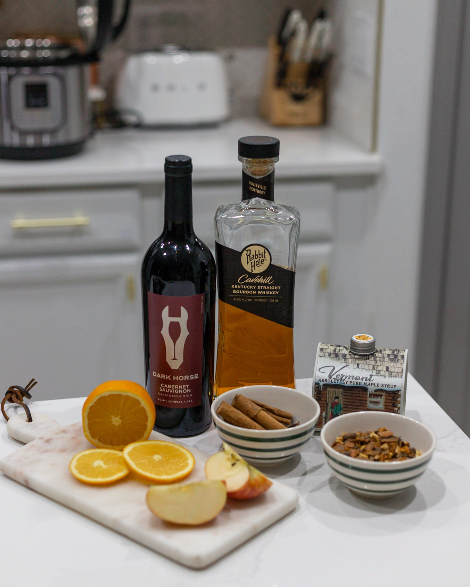 INSTANT POT HOLIDAY MULLED WINE
