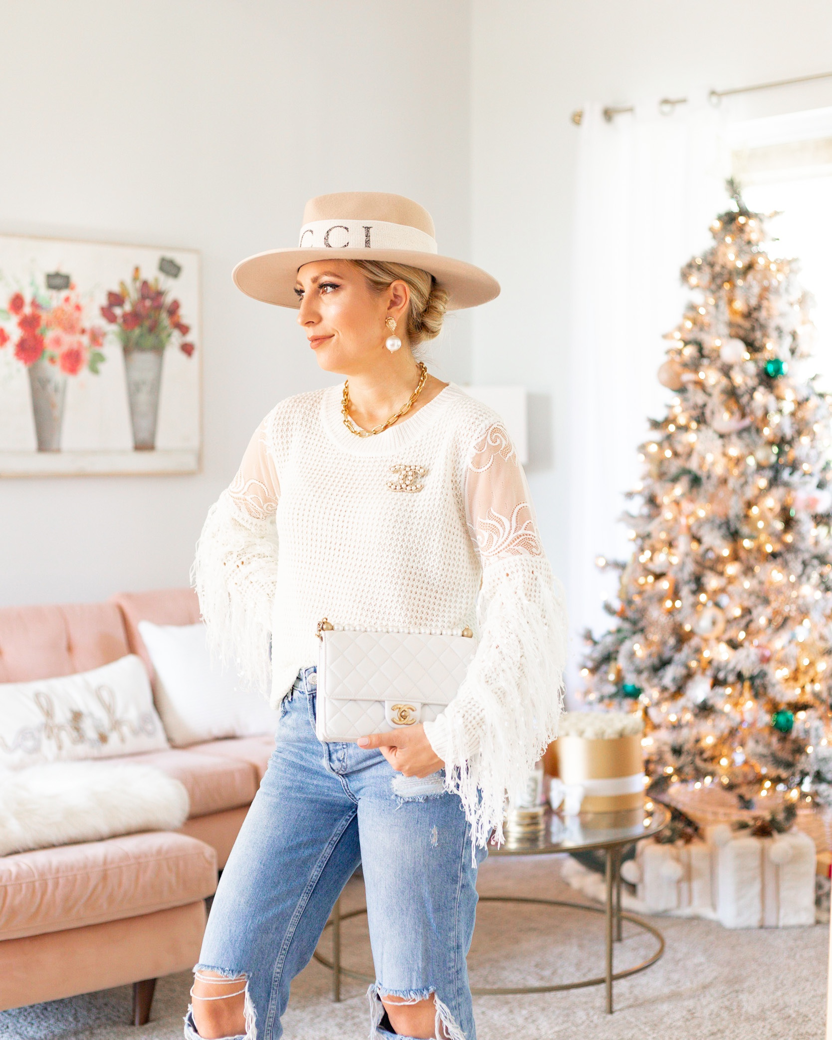 AFFORDABLE HOLIDAY STYLE FRINGE SWEATER