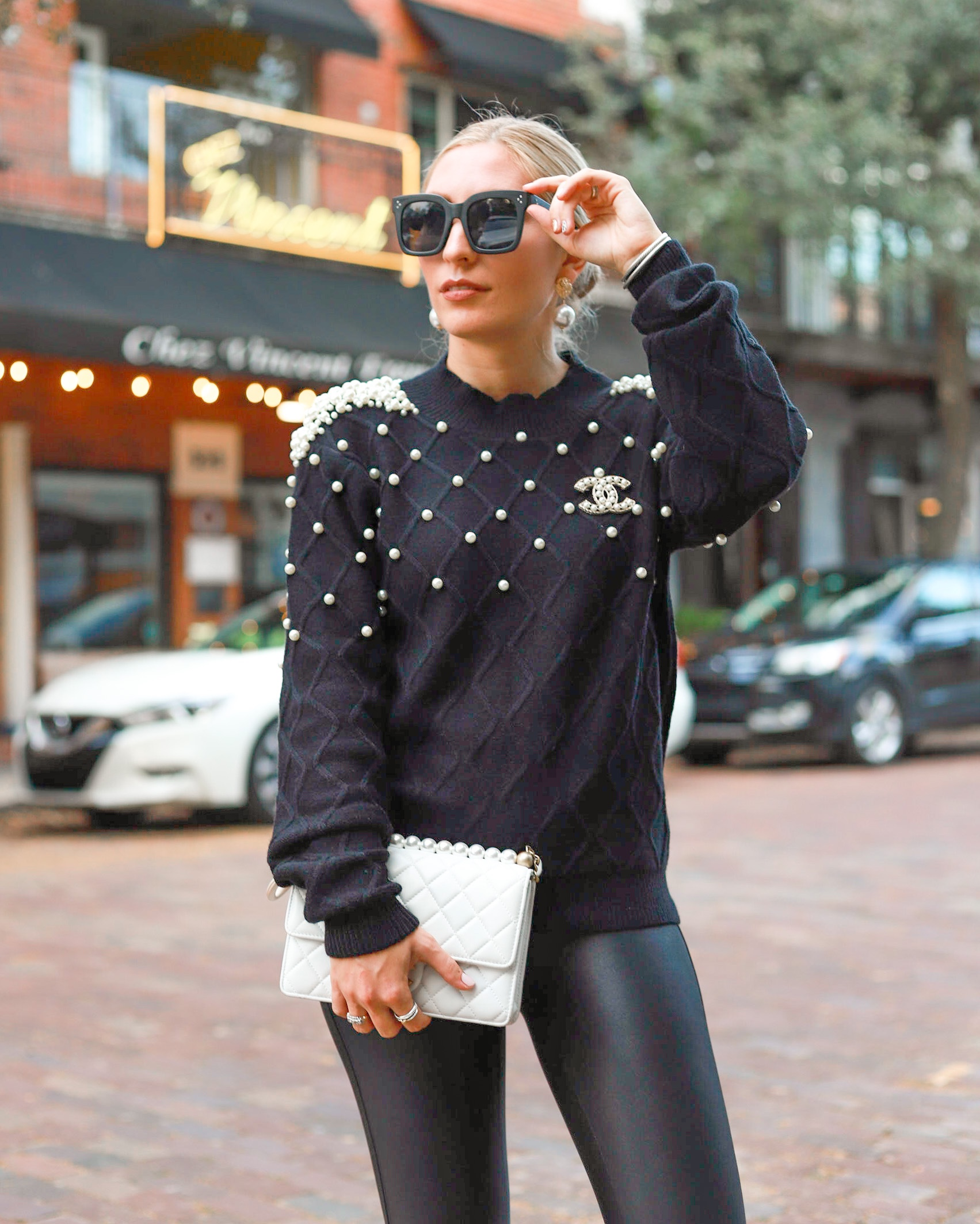 AFFORDABLE HOLIDAY STYLE EMBELLISHED PEARL SWEATER