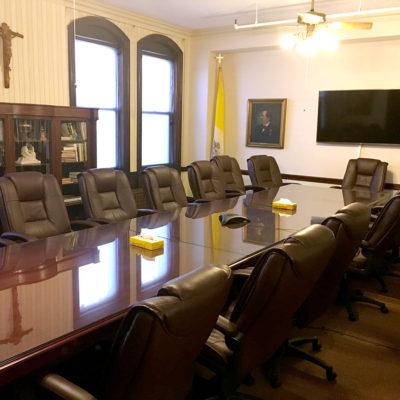 Leo-House-NYC-Large-Board-Room.jpg