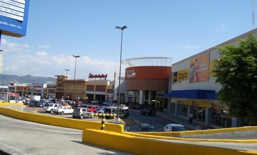 Publicidad en Plaza Las Américas / Del Sol