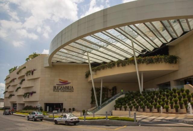 Publicidad en Plaza Cuernavaca
