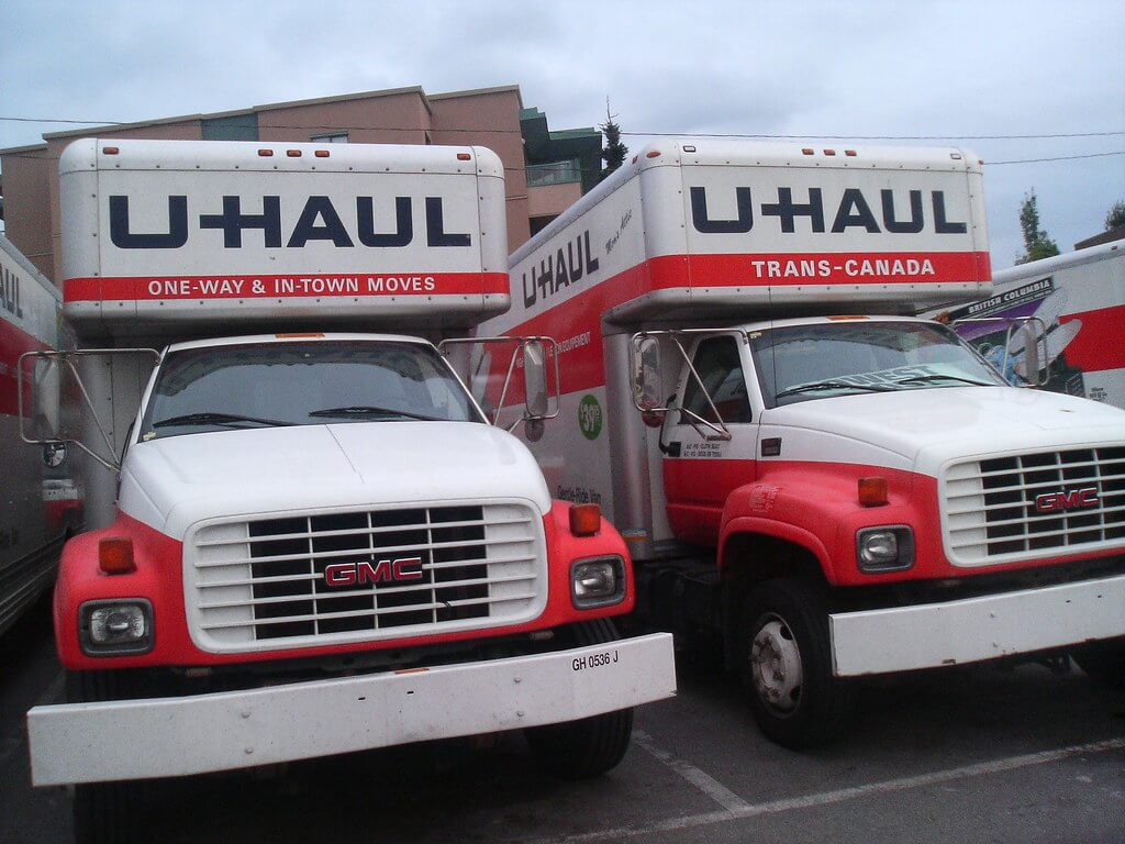 Moving truck rentals near me
