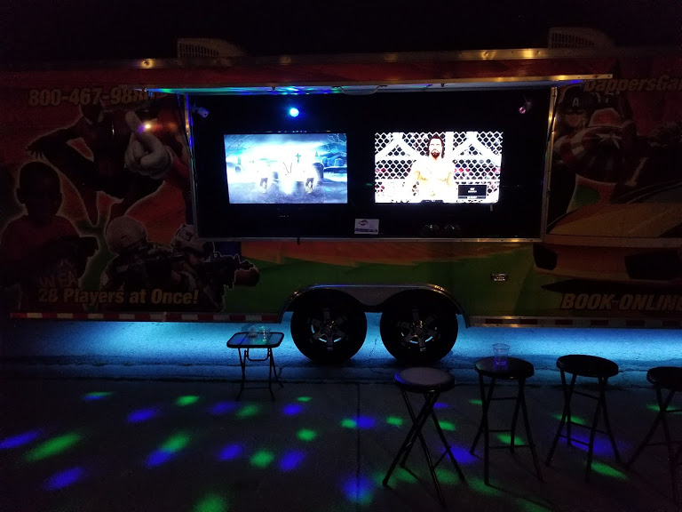 Video game truck, game van, game trailer in Chicago