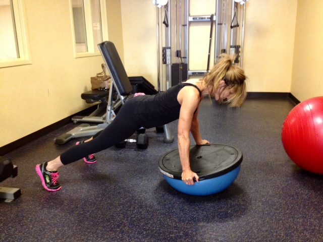 BOSU FROGGERS TO AMP UP YOUR ABS!