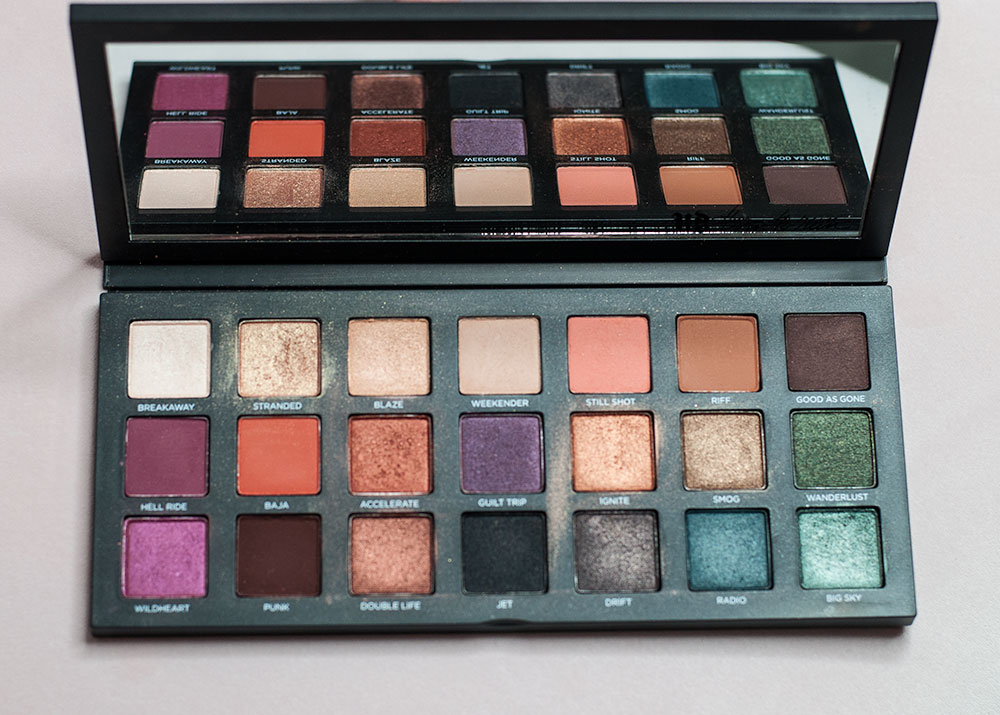 Urban Decay: Born To Run Eyeshadow Palette Review via Sarenabee.com