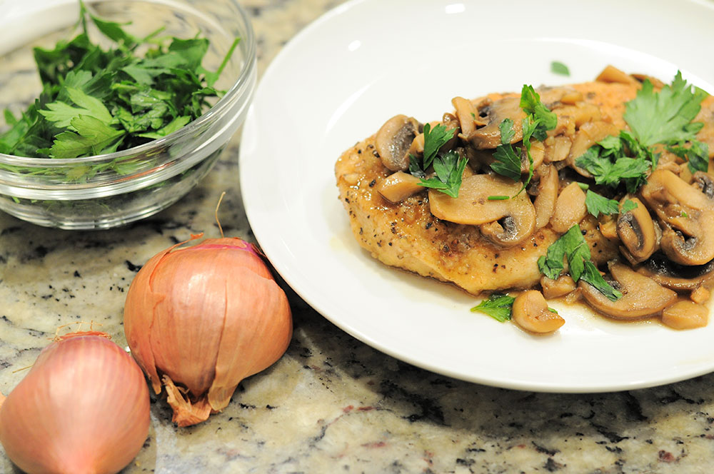 Easy Chicken Marsala Recipe via Sarenabee.com