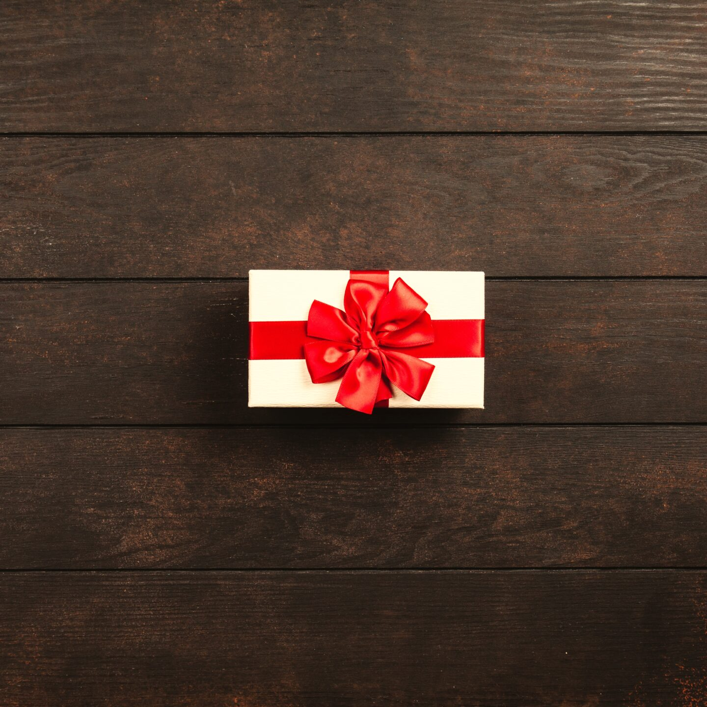The Science Behind Happiness and Gift Giving