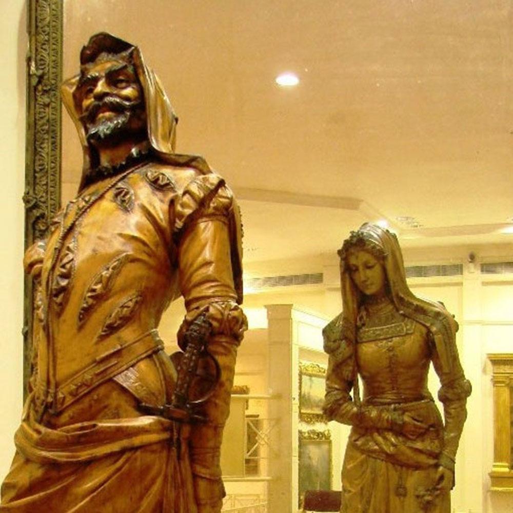 Wiener Museum Double Statue