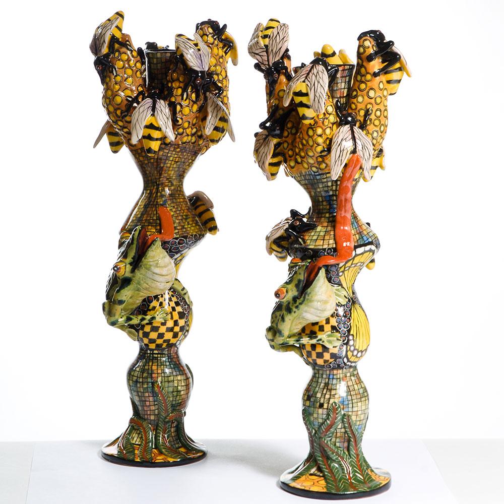 Wiener Museum Ardmore Frog & Bees Victor & Stabiso