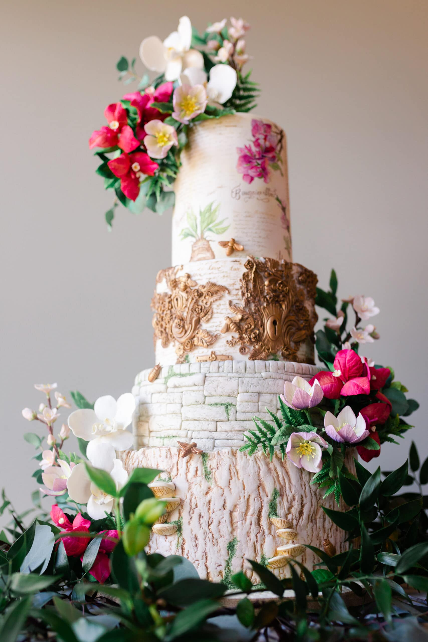 harry potter wedding cake by Swish and Click Photography at Canyonwood Ridge in Austin Texas