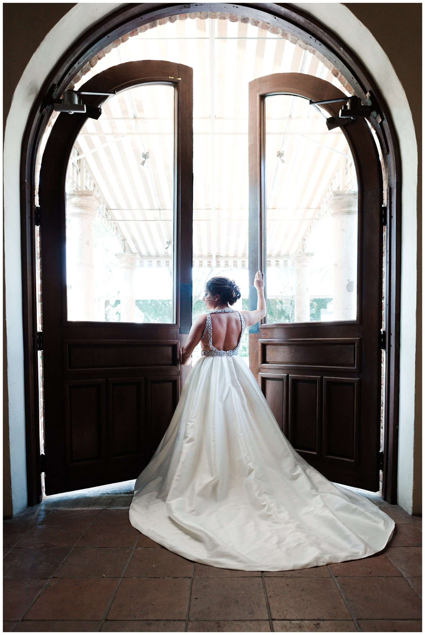 Texas Wedding Photographer | Crystal's Bridals at The Bell Tower on 34th