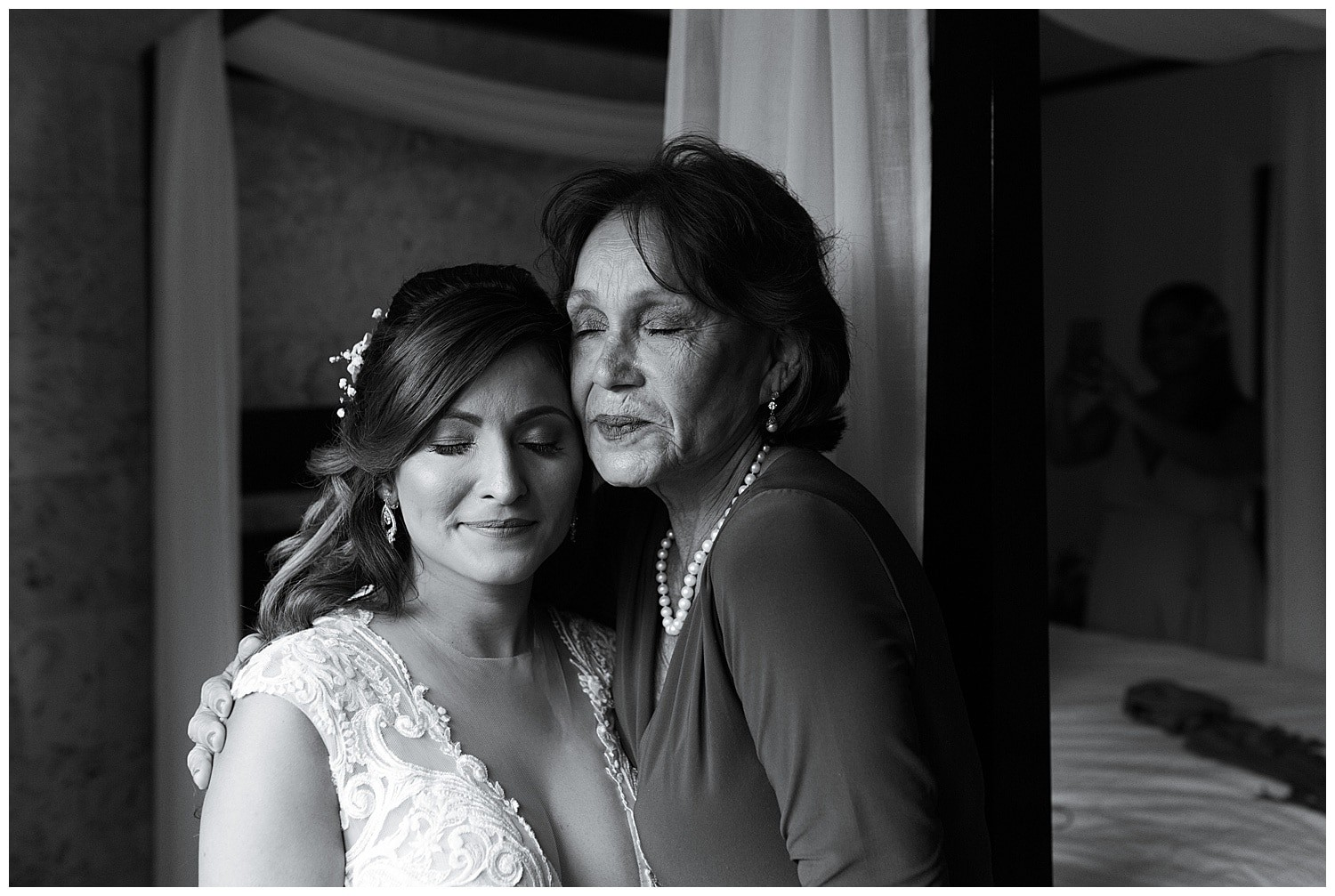 bride with her mom at Villa Cocomar in the Dominican Republic by Swish and Click Photographer