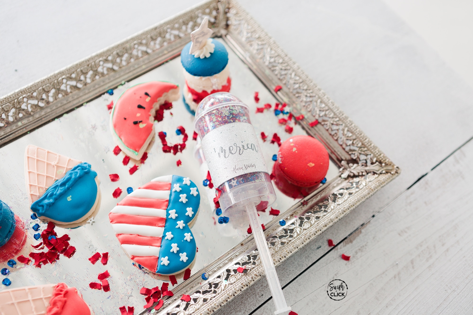 How to Have a July 4th Wedding that's Glamorous
