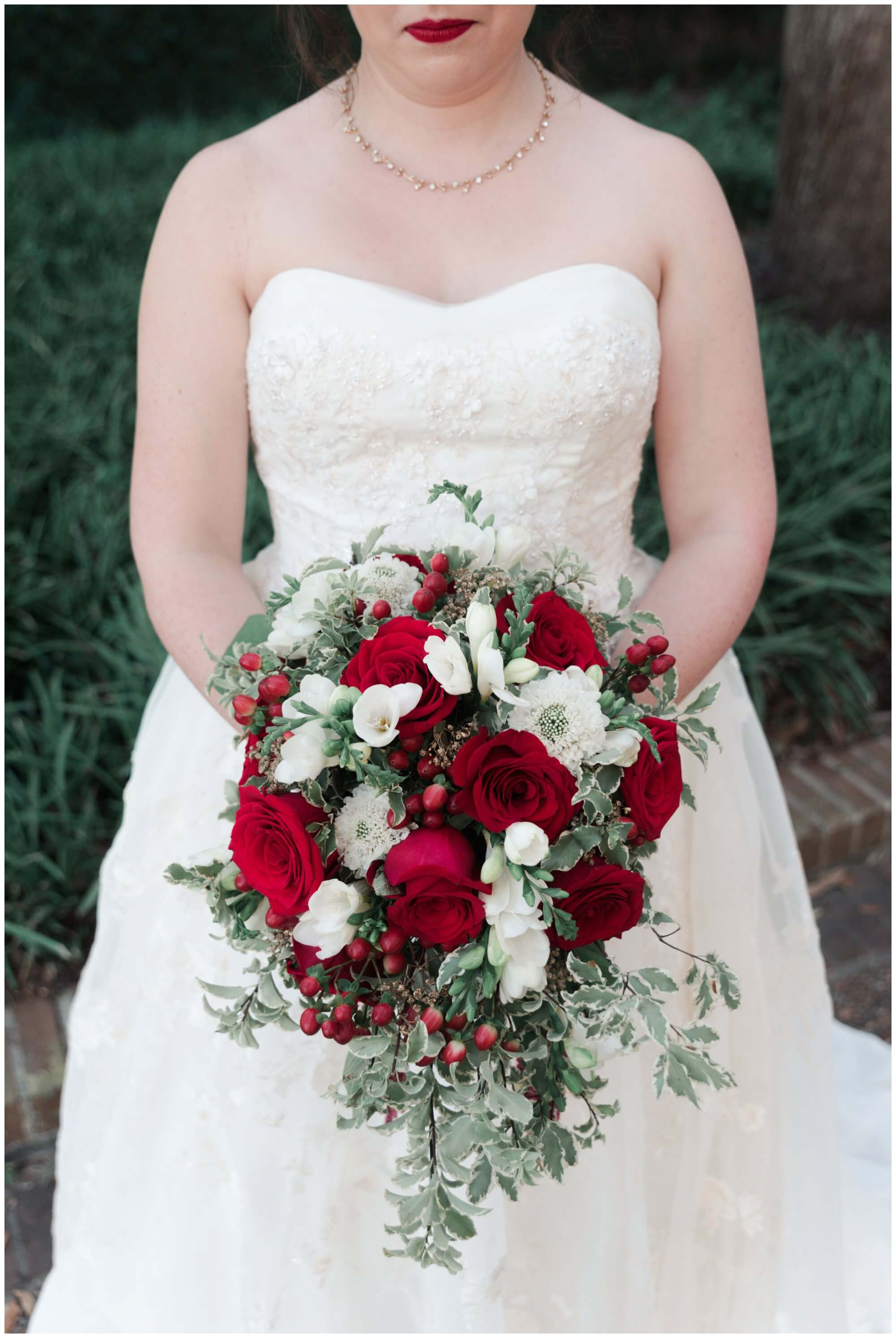wedding flowers at Rice University in Houston Texas by Swish and Click Photography