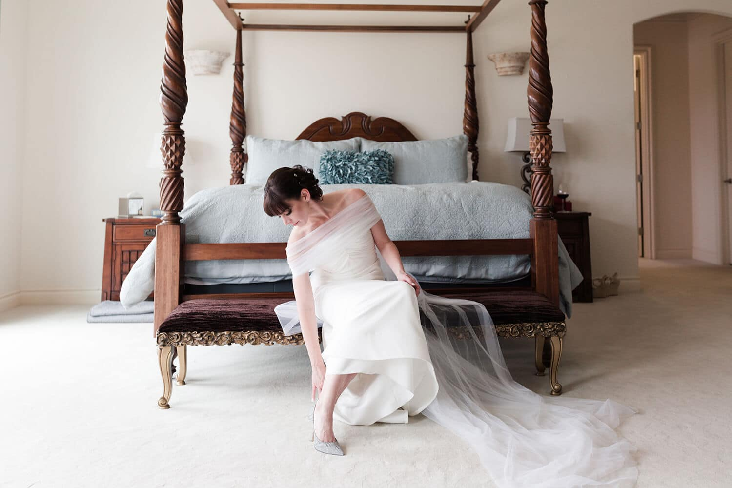 Bougie wedding bride in Austin Texas by Swish and Click Photography