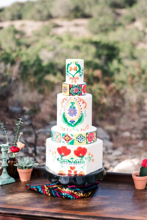 colorful wedding at D6 Retreat in Austin, Texas photographed by Swish and Click Photography