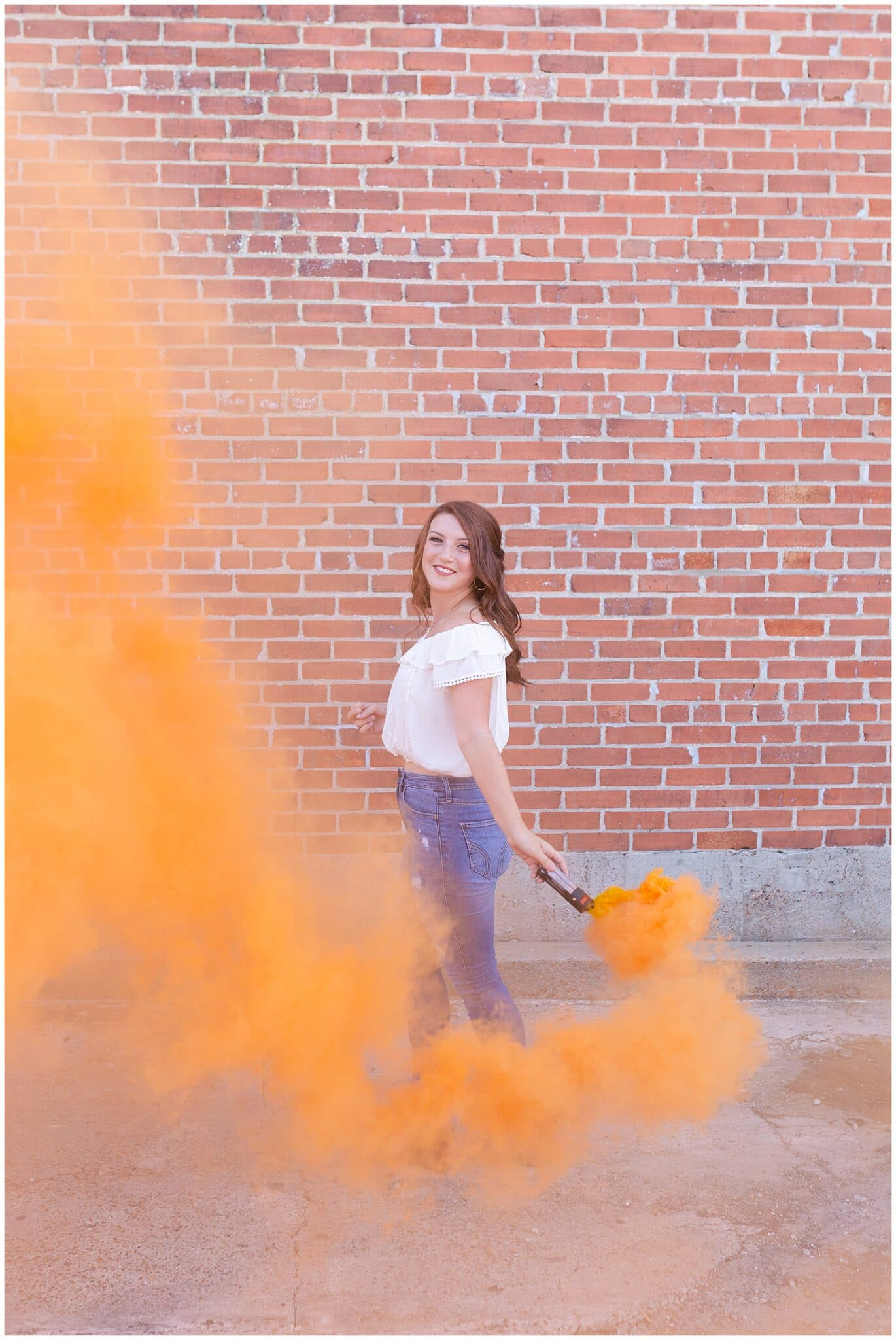 charming senior session in Houston, Texas photographed by Swish and Click Photography