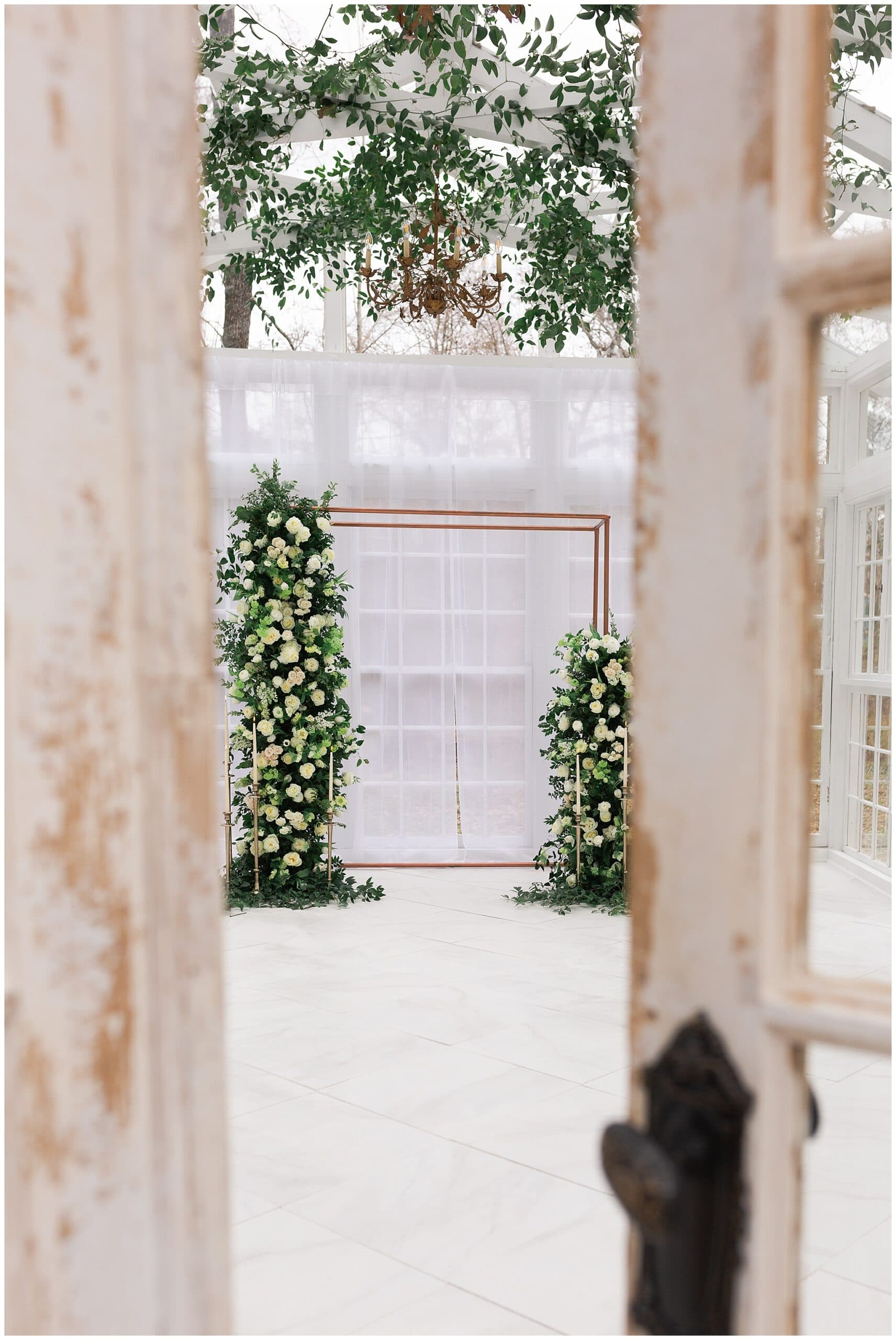Ravenclaw inspired wedding at Oak Atelier in Houston, Texas photographed by Swish and Click Photography