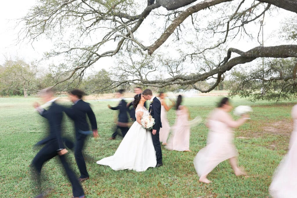 Bridal Oaks wedding by Houston Photographer Swish and Click Photography