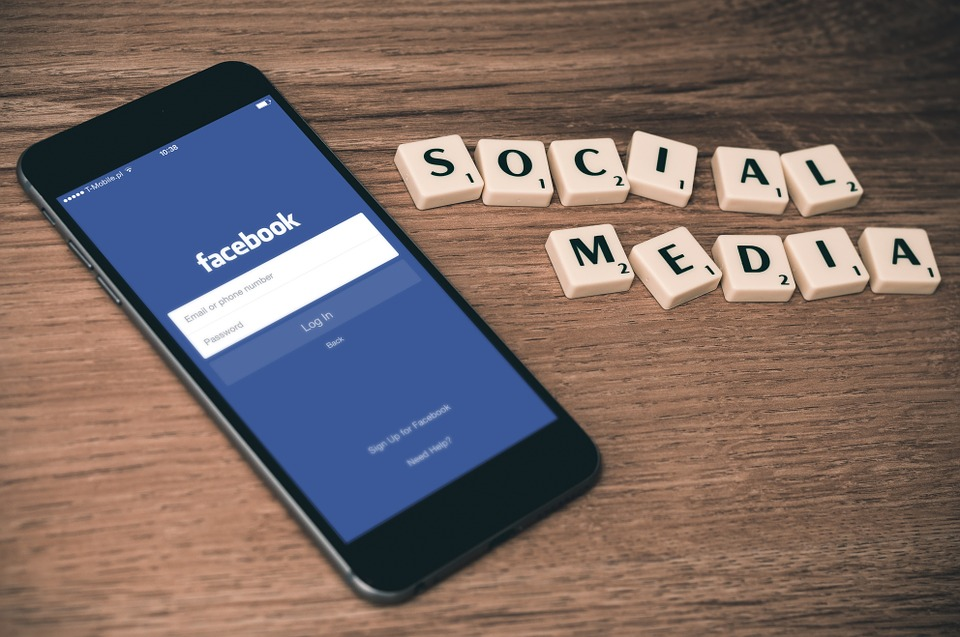 Facebook on Smartphone with Social Media tiles
