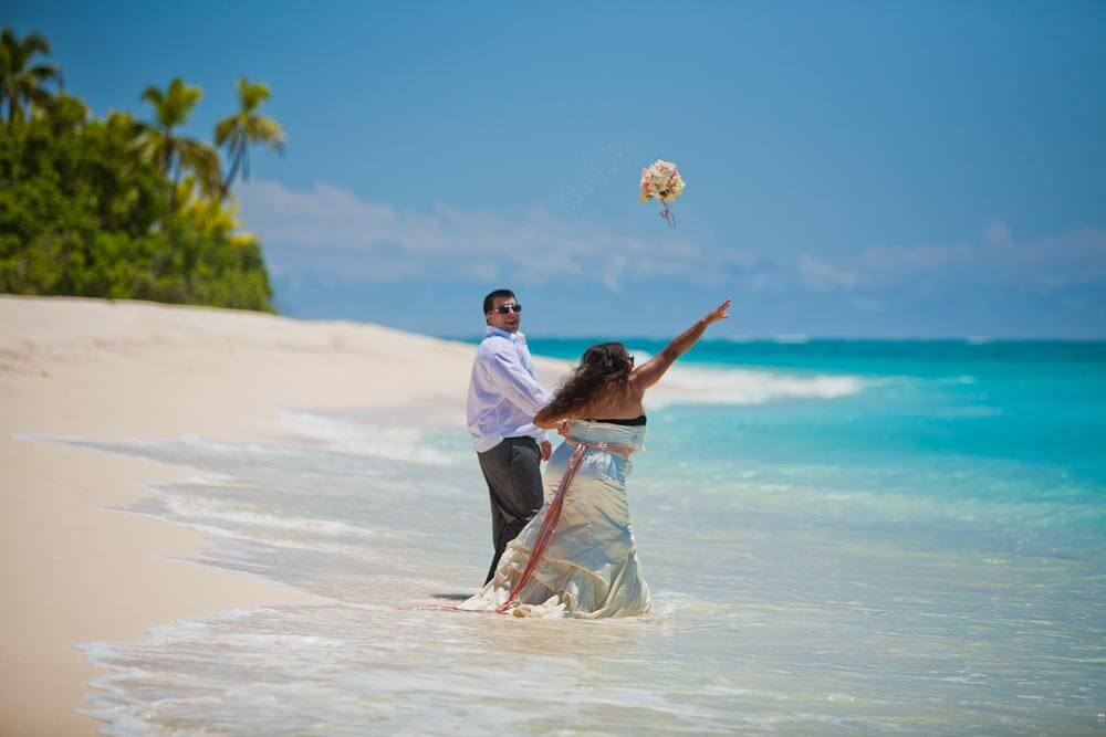 PLANNING an Island wedding, no problem, SeaFiji Fast Boat Transfer Service will get you to your island destination in record time