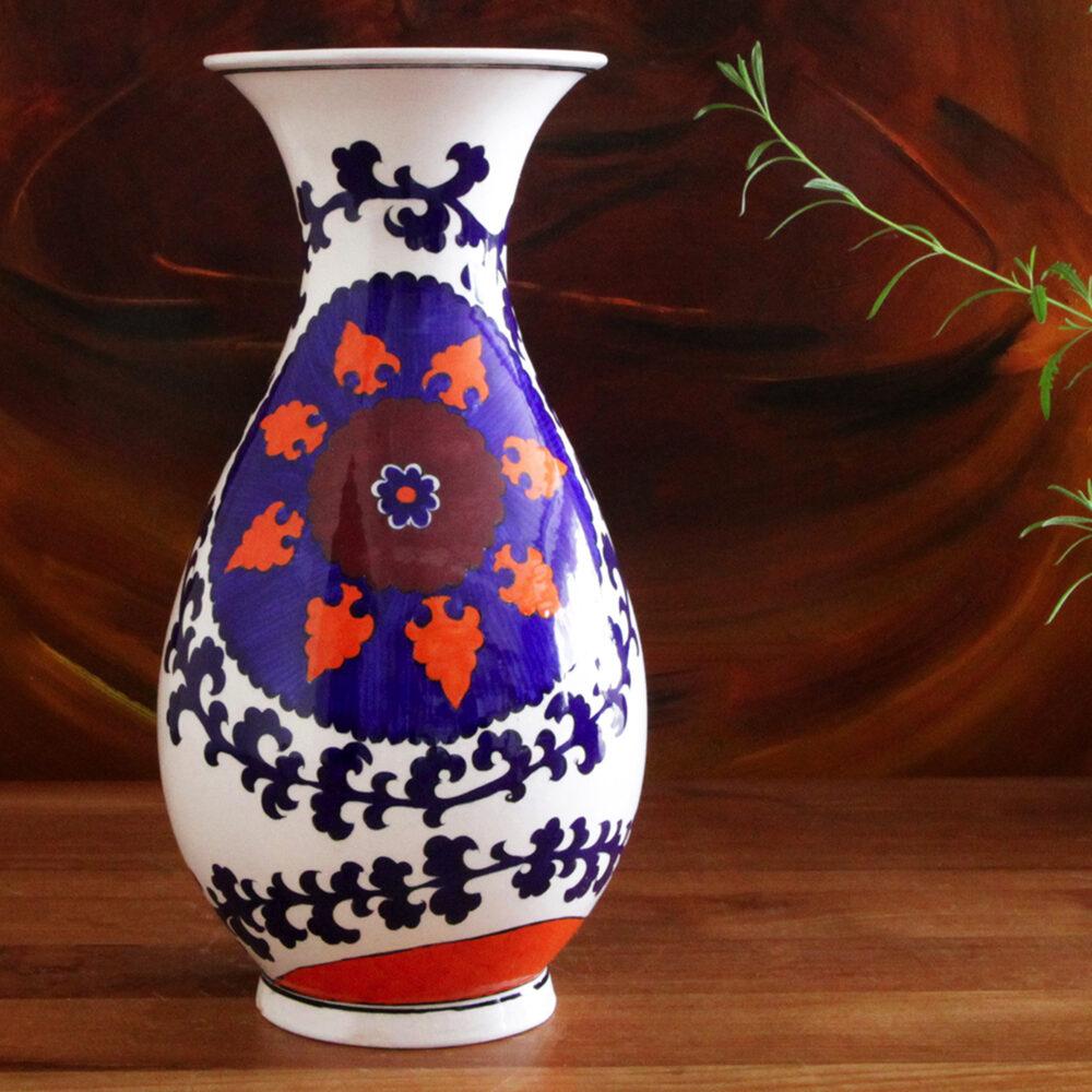0001-hand-painted-iznik-vase-suzani-design-square