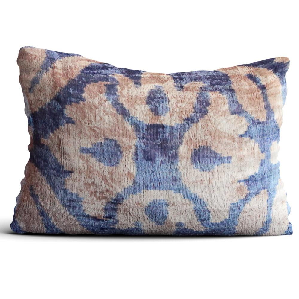 1623-silk-velvet-pillow