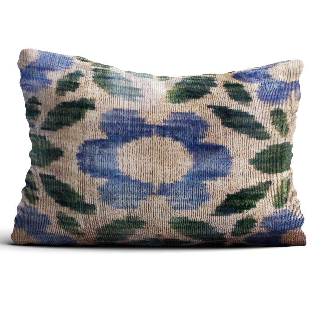 5387-silk-velvet-pillow