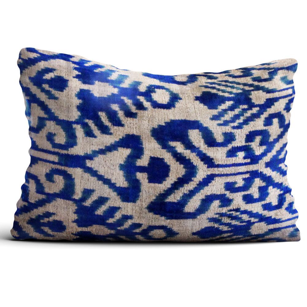 5835-silk-velvet-pillow-1