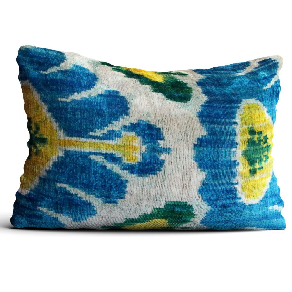 5886-silk-velvet-pillow