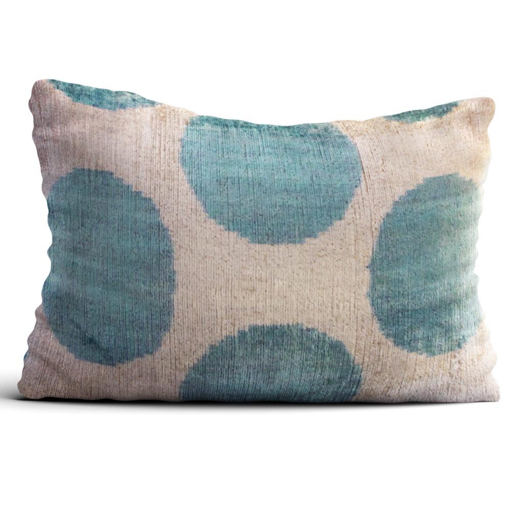 6695-silk-velvet-pillow