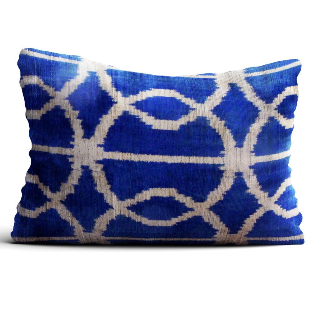 7320-silk-velvet-pillow
