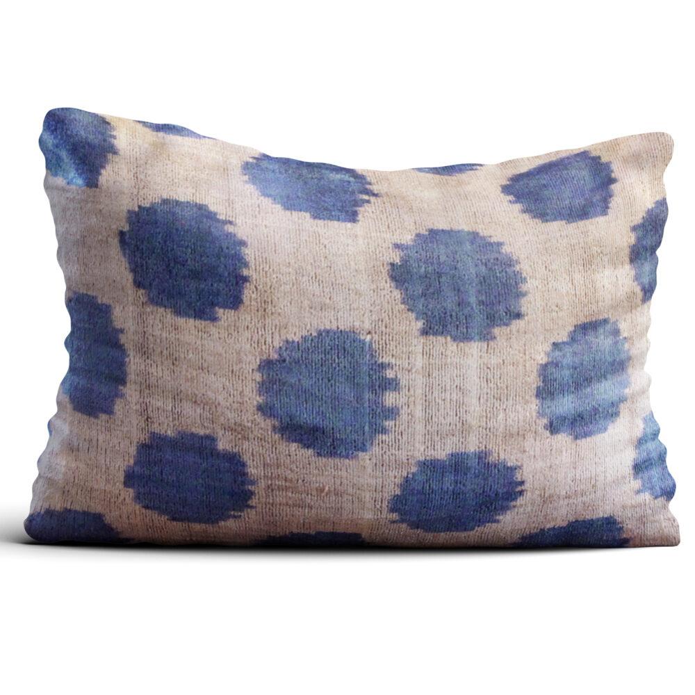 7332-silk-velvet-pillow