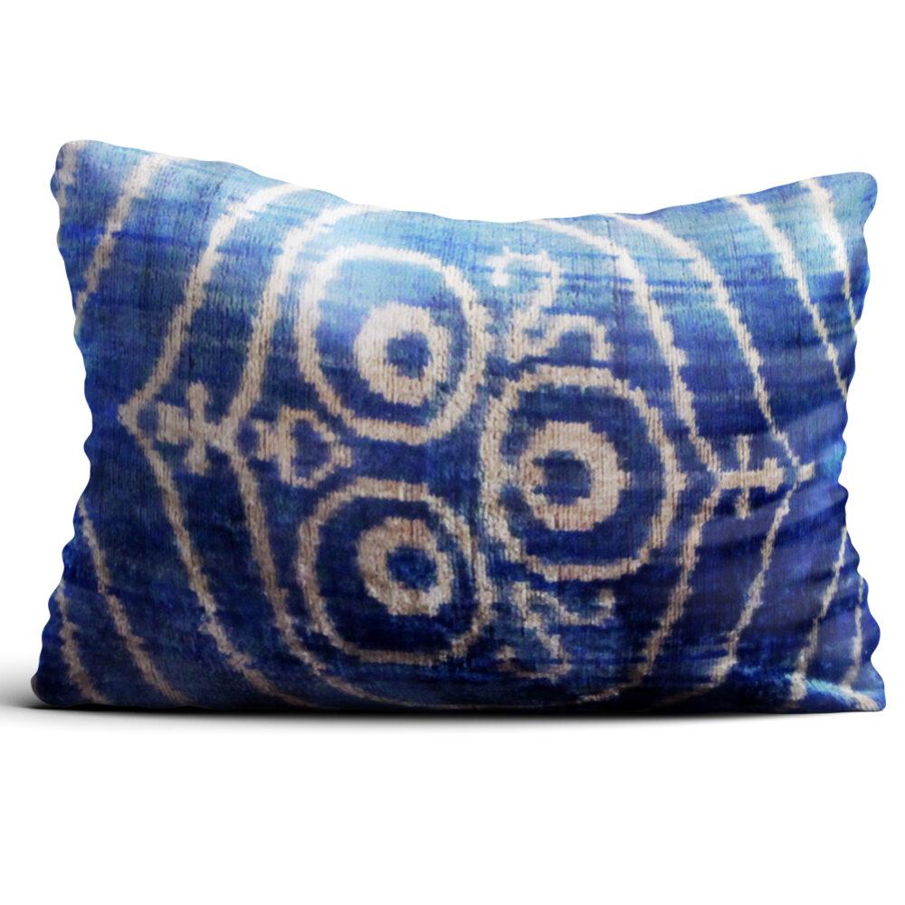 7871-silk-velvet-pillow