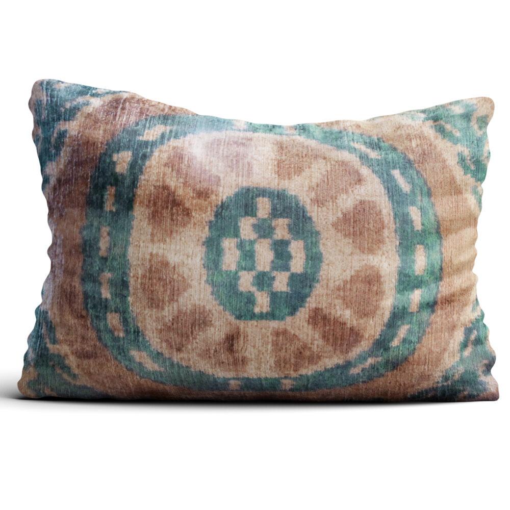 8104-silk-velvet-pillow