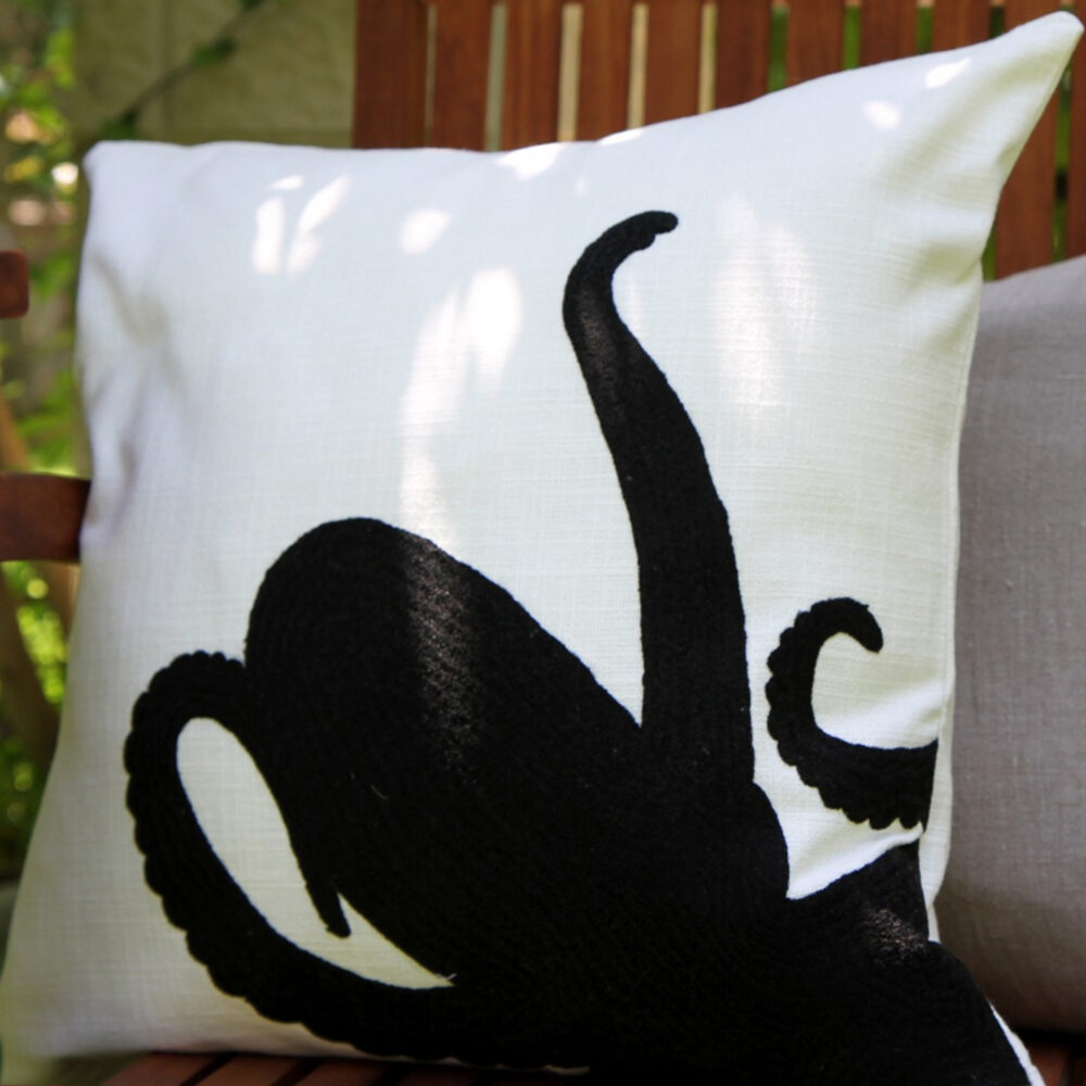 RH2-0002-SC-embroidered-pillow-square