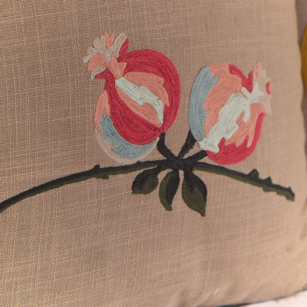 RH2-0004-FF-embroidered-pillow-square