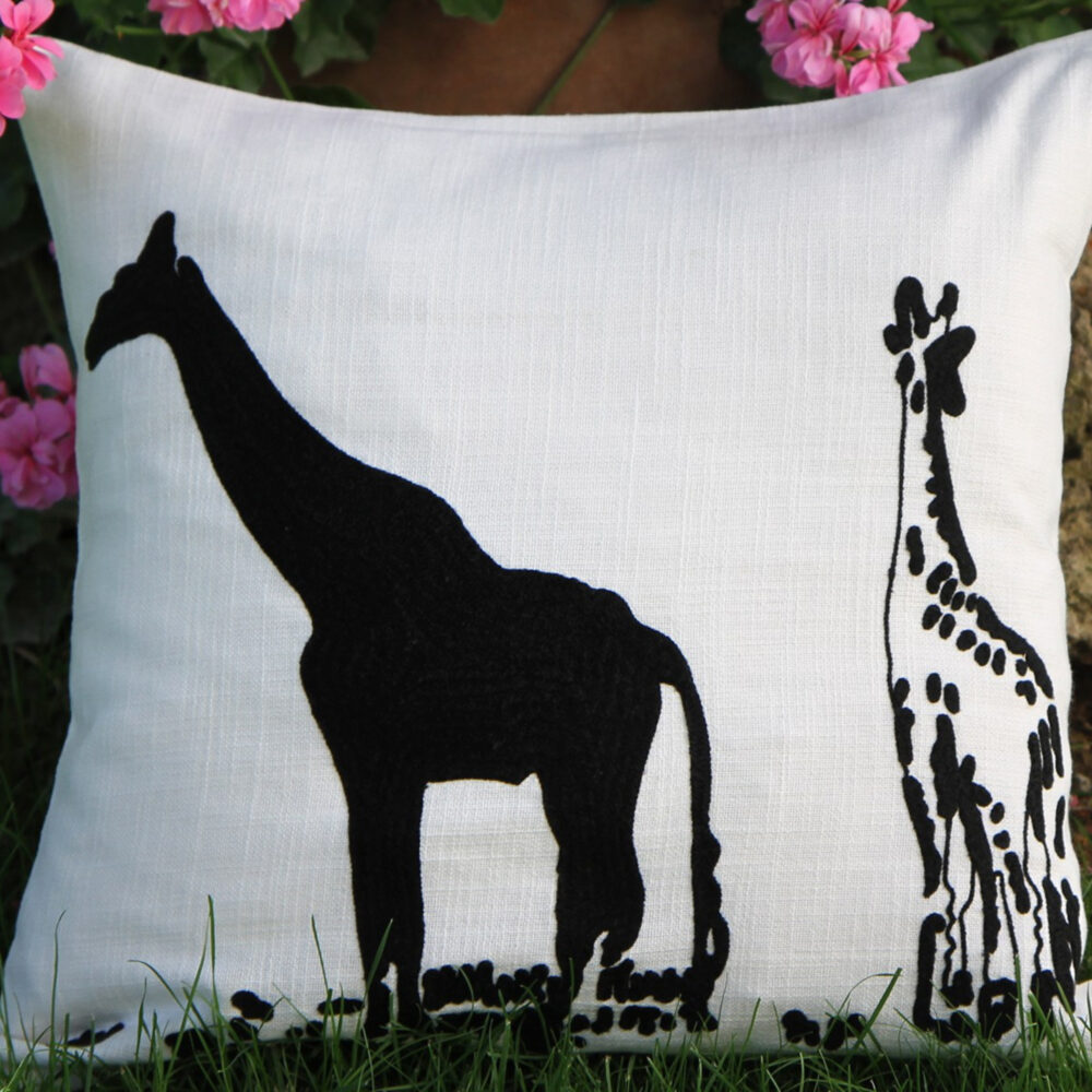 RH2-0006-MS-embroidered-pillow-square