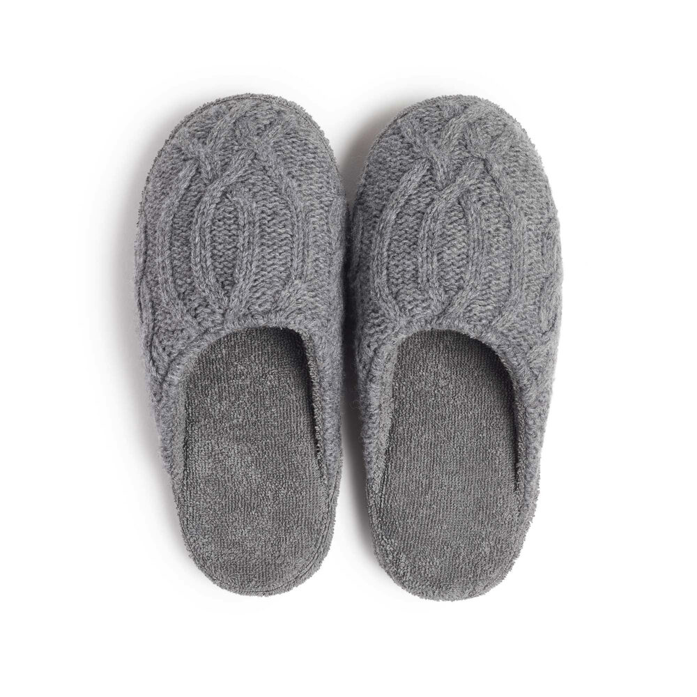 soho-house-cable-knit-slippers-dim-gray-square-0001