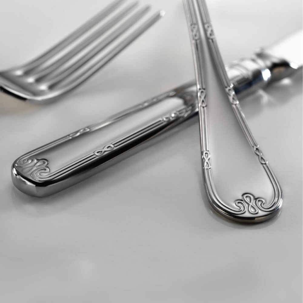 infinity-premier-flatware-collection