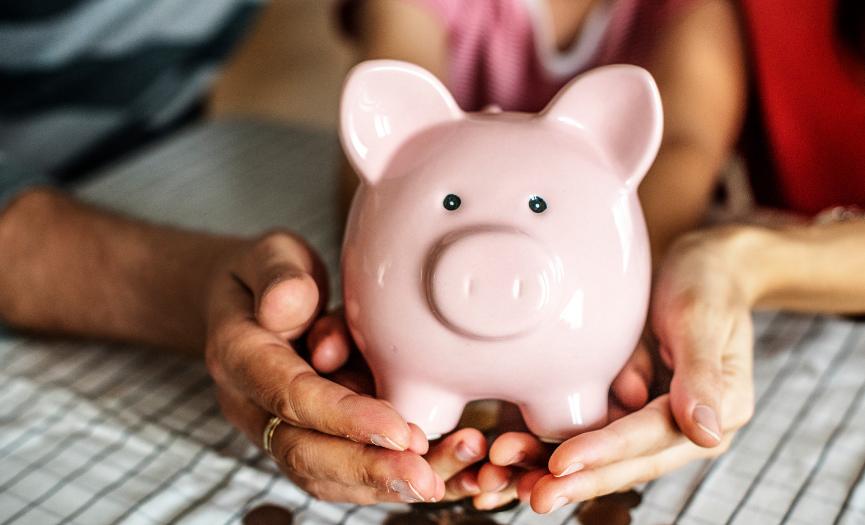 Enseñar el ahorro en los niños: un compromiso de vida