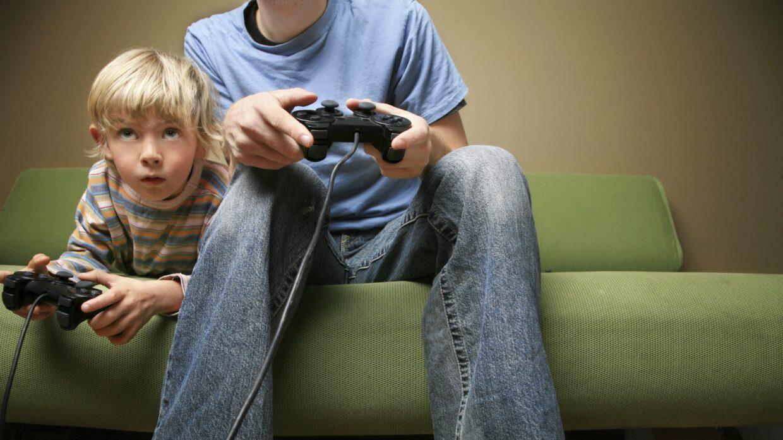 Videojuegos: 10 consejos para los más pequeños y 5 juegos para aprender