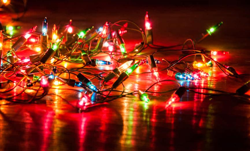 La regulación de las luminarias o luces de navidad es urgente