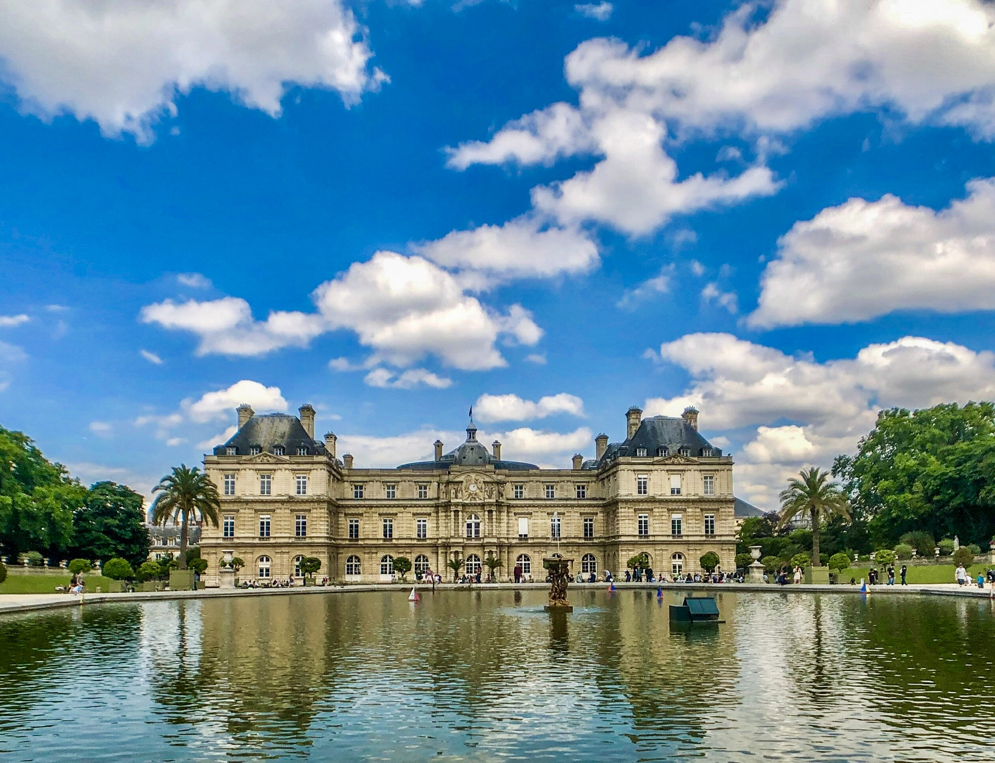 French Phrases to Make the French Love You When You Visit!