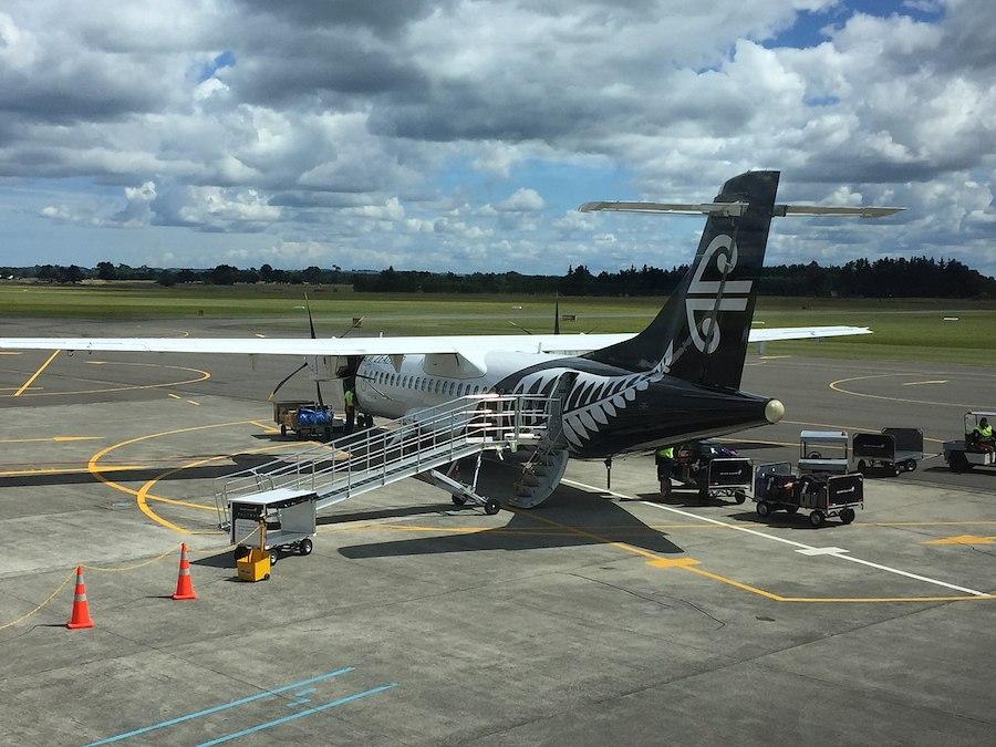 Air NZ ATR 72-600 Experiences Electrical Fault