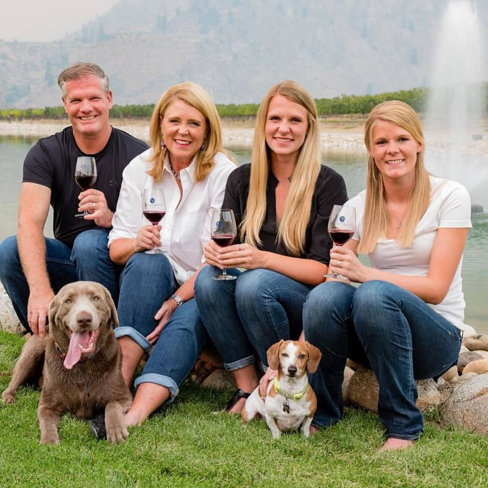 Rocky Pond Winery Owners, David and Michelle Dufenhorst & Family